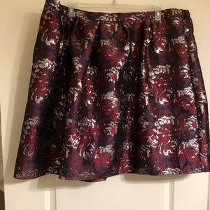 Hutch party skirt in burgundy, navy & silver